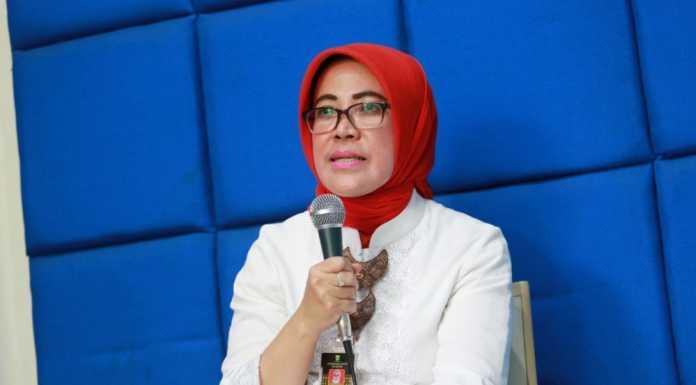 Jabar Darurat COVID 19, Pemerintah Kota Bandung Pastikan Stok Masker Mencukupi (Bandung.go.id)